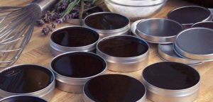 How to Make Healing Amish Black Salve-The Recipe For The Most Powerful Healing Ointment!