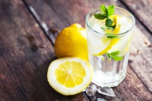 These Are The Side Effects Of Drinking Lemon Water Every Day